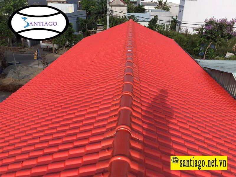 ngói nhựa màu đỏ