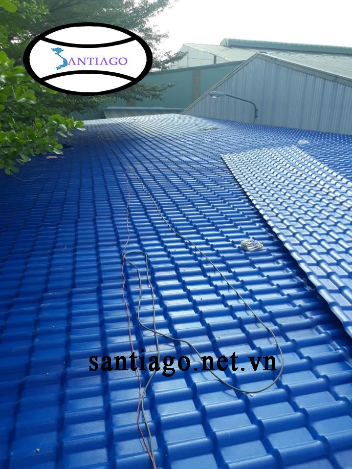 ngói nhựa màu xanh dương