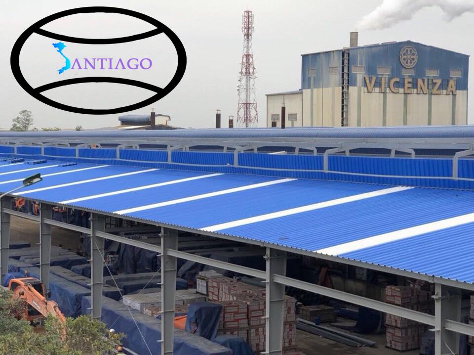 Tôn nhựa màu xanh dương lợp nhà xưởng, nhà công nghiệp